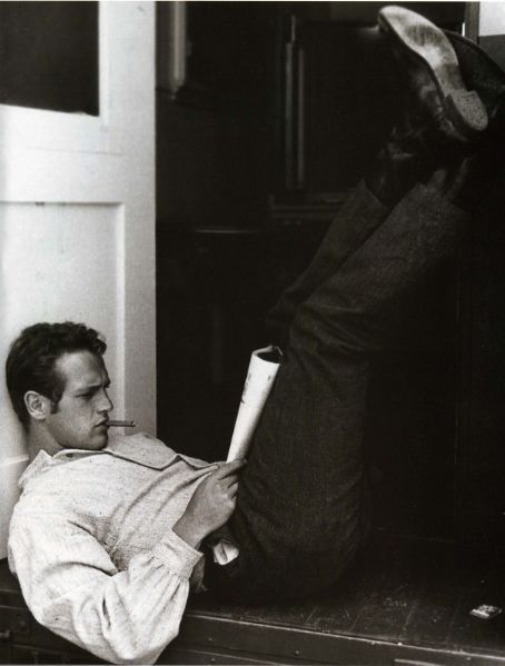 Newman reads. Nothing more attractive than a man with a book in his hand...