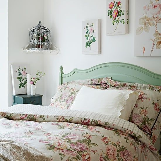Rose print bedroom #architecture #interior design #design bedrooms #home design #decoracao de casas