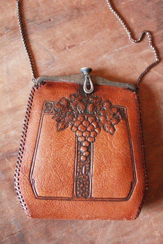 1915-1918 purse