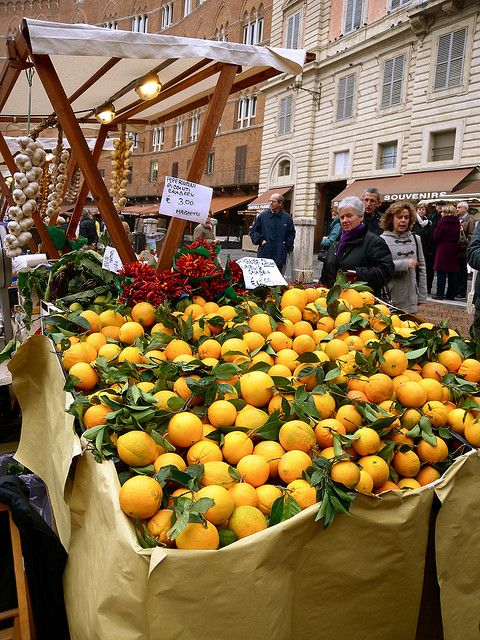 Italian oranges -  ASPEN CREEK TRAVEL - mailto:karen@aspe...