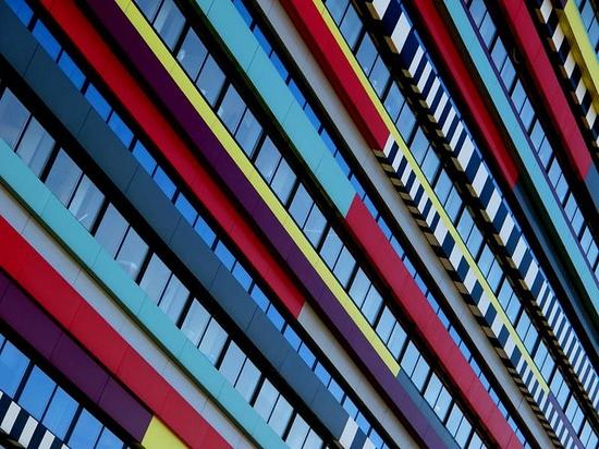 [lines & architecture], via Flickr.