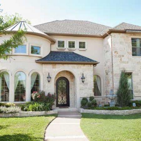 #Dallas homes. Very pretty. Love the stone   ? MY BLOG: www.ditatime.weeb...  ? FB: www.facebook.com/...