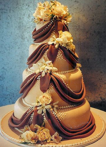 WOW! What a great #wedding #cake!