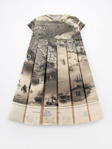 """Elisabeth LeCourt - """"Le tablier d'encre"""", map of New York, 2010   594 x 841 x 30 mm"""