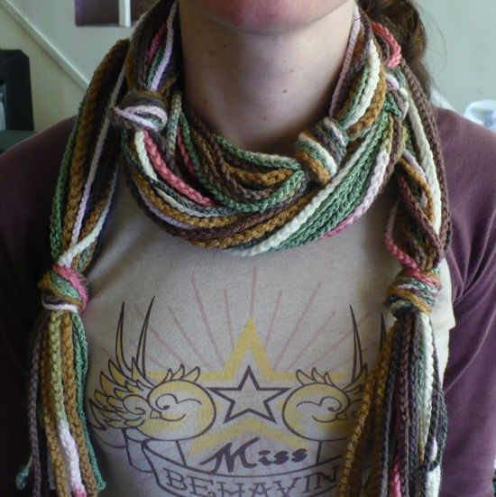 crochet scarf of chains