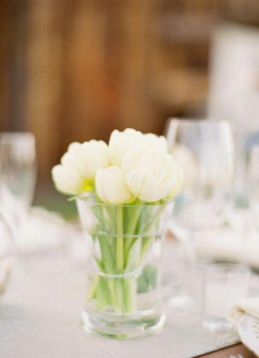 love simple flower arrangements