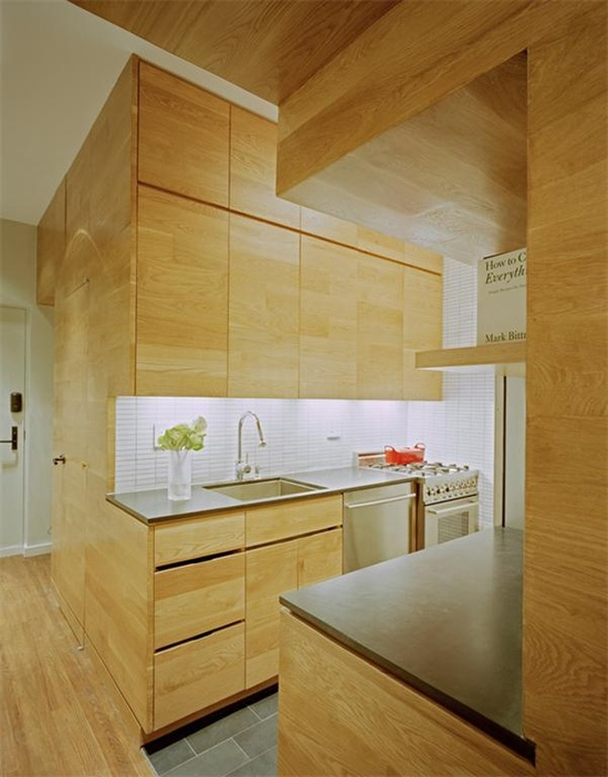 small kitchen apartment decorating idea