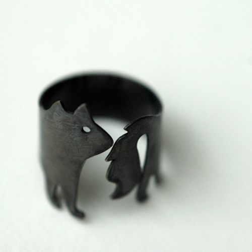 chasing tails ring by minicyn