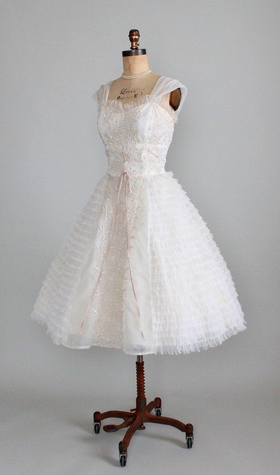 Vintage 1950s Embroidered Chiffon Prom or Wedding Dress.