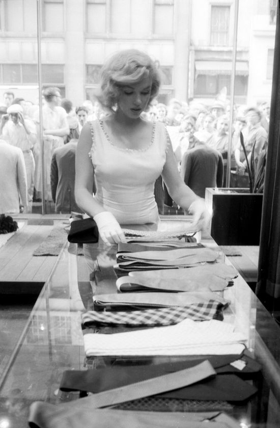 Marilyn Monroe shopping for ties