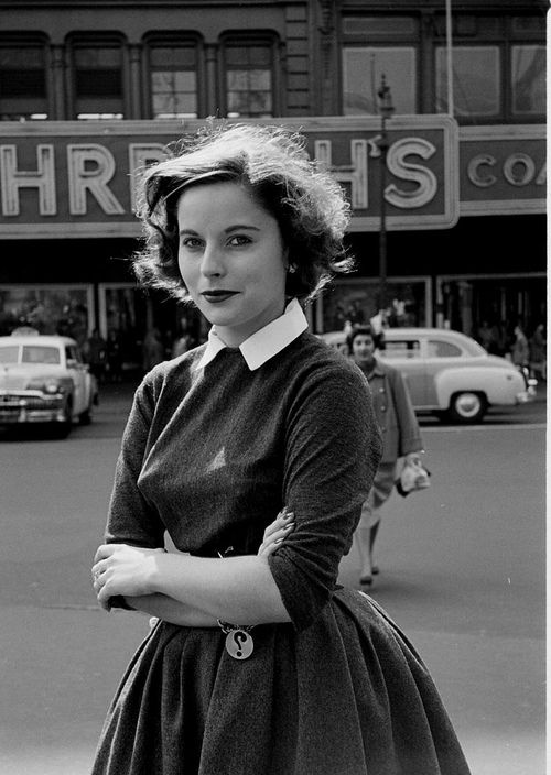 I adore her question mark bracelet. #vintage #1950s #fashion