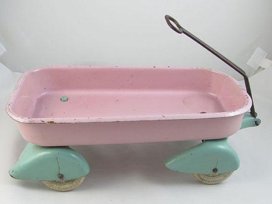 Wyandotte wagon pink