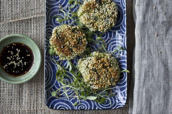 sesame crusted quinoa and kale cakes