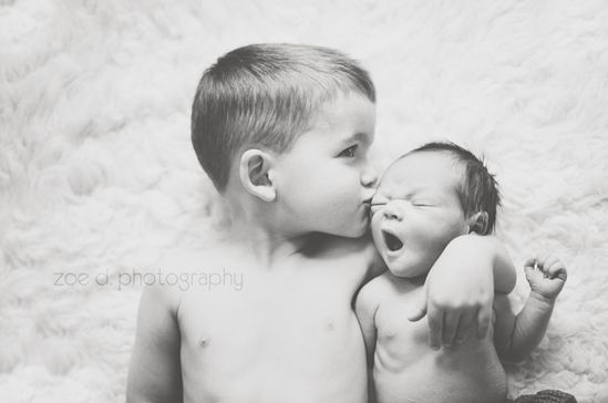 newborn + big sibling pictures are some of my favorites.
