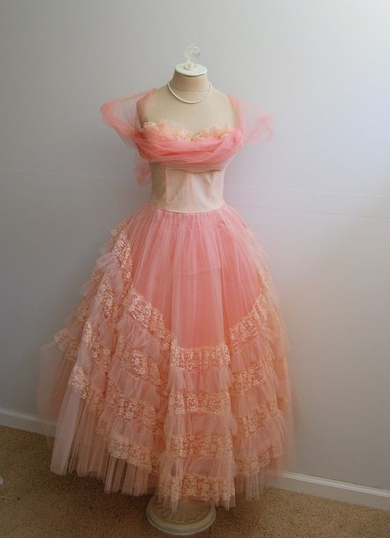 Most Gorgeous Pink Vintage Dress!