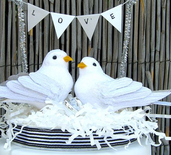 Bird Cake Topper ... Wedding ideas for brides, grooms, parents & planners ... itunes.apple.com/... … plus how to organise an entire wedding, without overspending ? The Gold Wedding Planner iPhone App ?