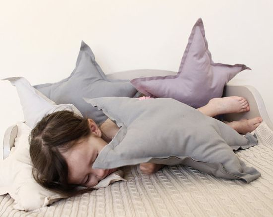 Star-shaped pillows
