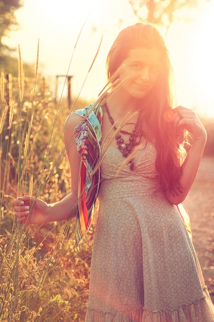 Sunflare & vegetation, clothes style