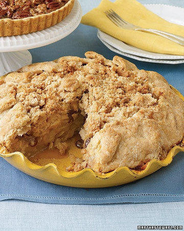 Crunchy-topped, wonderfully yummy Apple-Raisin Crumb Pie. #autumn #fall #apples #fruit #dessert #cooking #food #pie