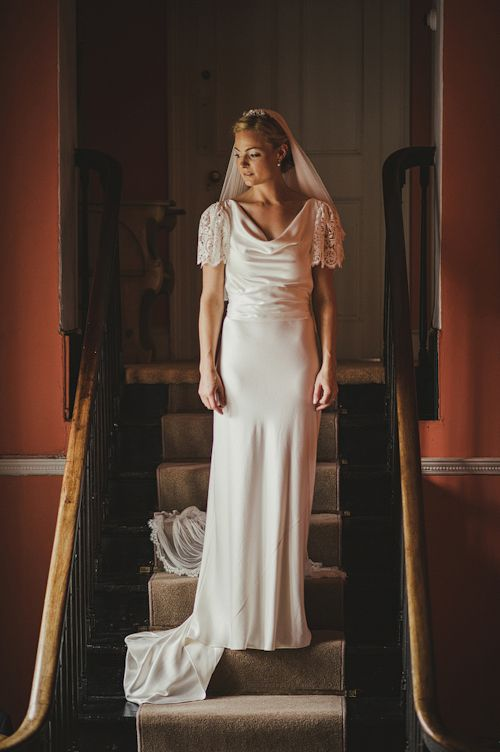 Gorgeous vintage-style wedding dress, photos by This Modern Love photography
