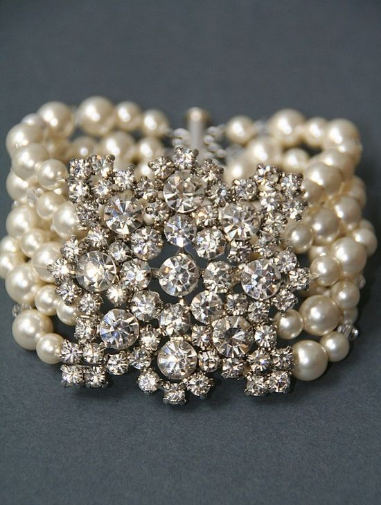 vintage style bridal crystal pearl wedding cuff broach bracelet