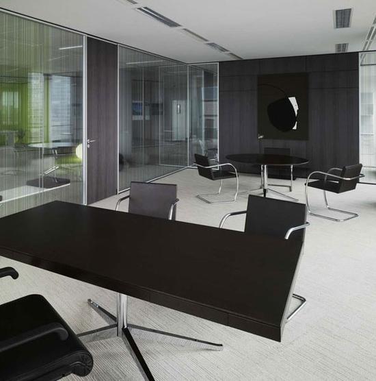 Black office Design