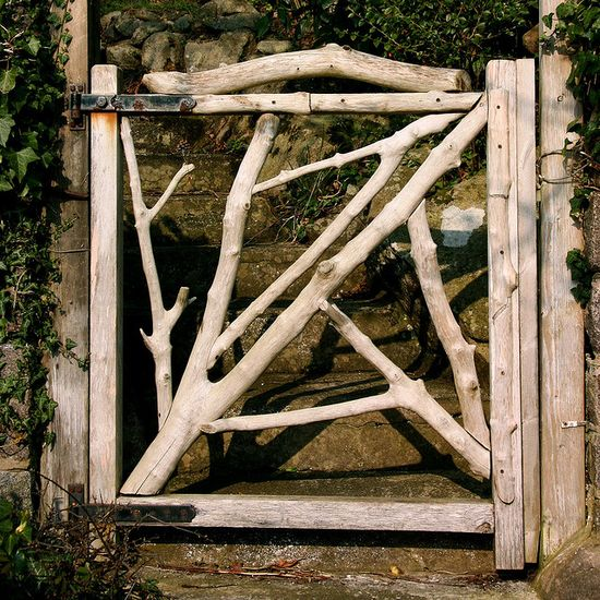 Driftwood garden gate.  I want this for sure.