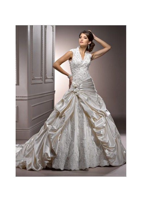 A-Line Style with Flower Accents Pick-up Skirt Lucky Wedding Dress