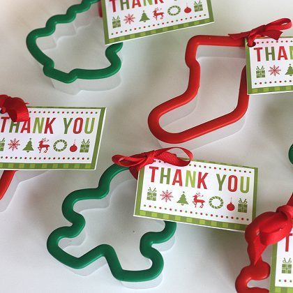 Holiday Cookie Cutter Party Favors. Perfect for a Cookie Exchange Party! #cookieexchange #christmas #holiday #party #recipe