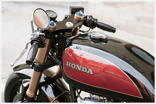 Honda CB 550 - Cognitomoto - Pipeburn - Purveyors of Classic Motorcycles, Cafe Racers & Custom motorbikes