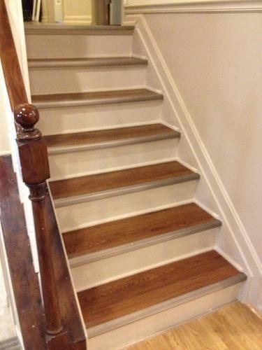 DIY Furniture : DIY Refinished Stairs