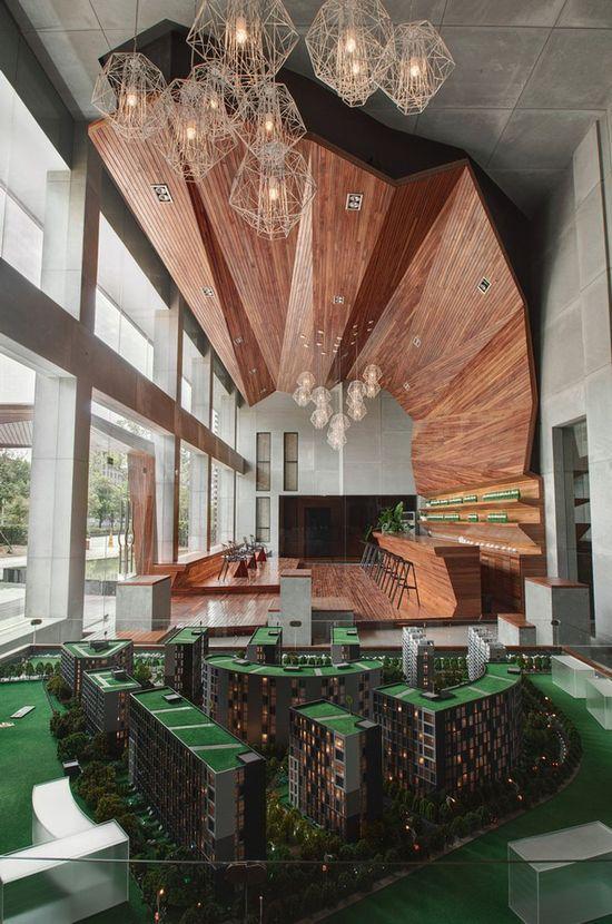 Lahas Zone Showrooms by CROX International, Yiwu City - China