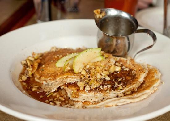 apple walnut quinoa pancakes