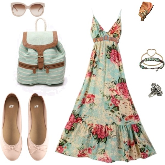 Floral maxi dress. The perfect college outfit for spring