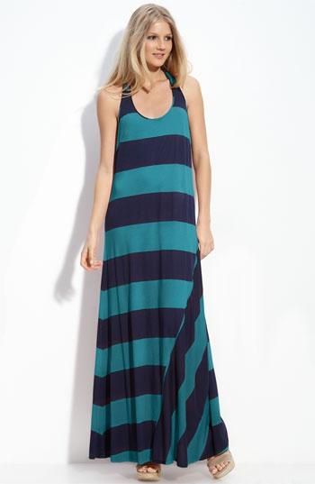 a maxi dress i like!