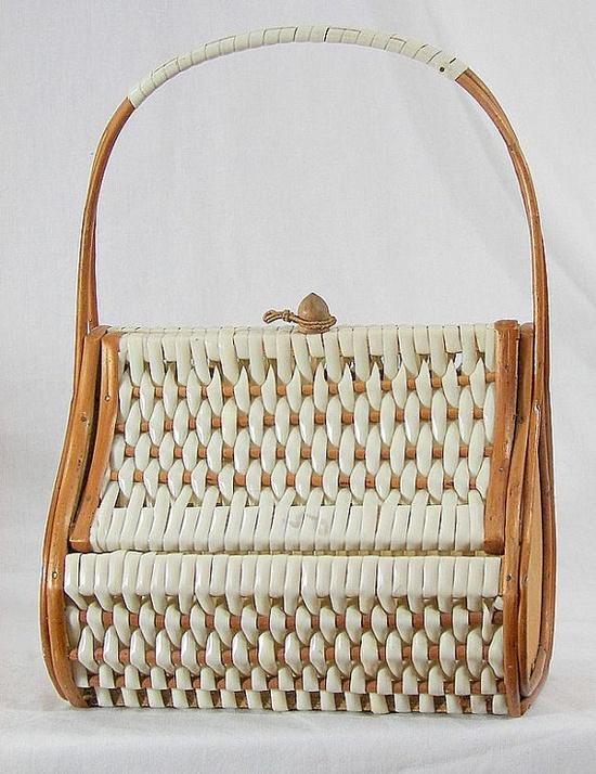 Vintage Handbags Retro 1960s Woven Plastic and Reed by mrspsbrain