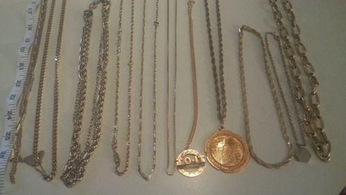 Lot of 11 Vintage / Retro Women's Jewelry Necklaces Gold Tone