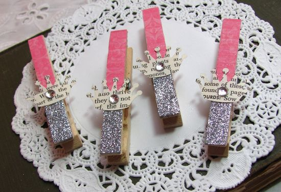 papered and glittered clothespins. so many uses...