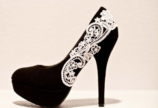 Black Pumps with White Venise Lace ... Size 9 by LaPlumeEthere, $60.00