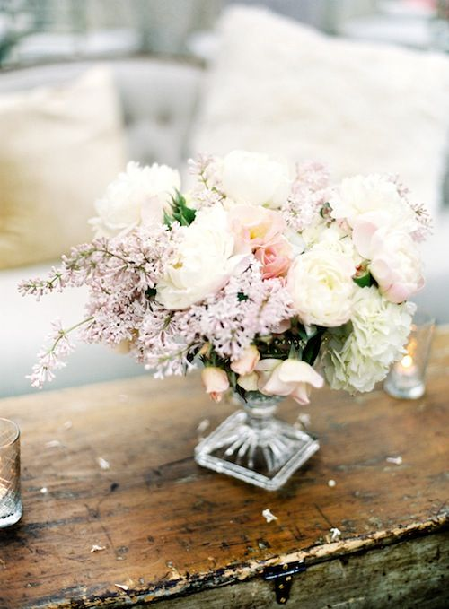 Wedding flowers by Jill La Fleur, image by Jose Villa