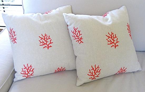 beach pillows decor