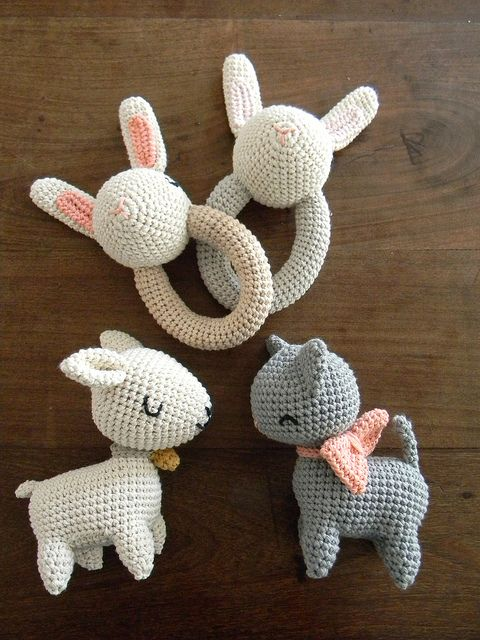 Crochet baby toys. Love this style.