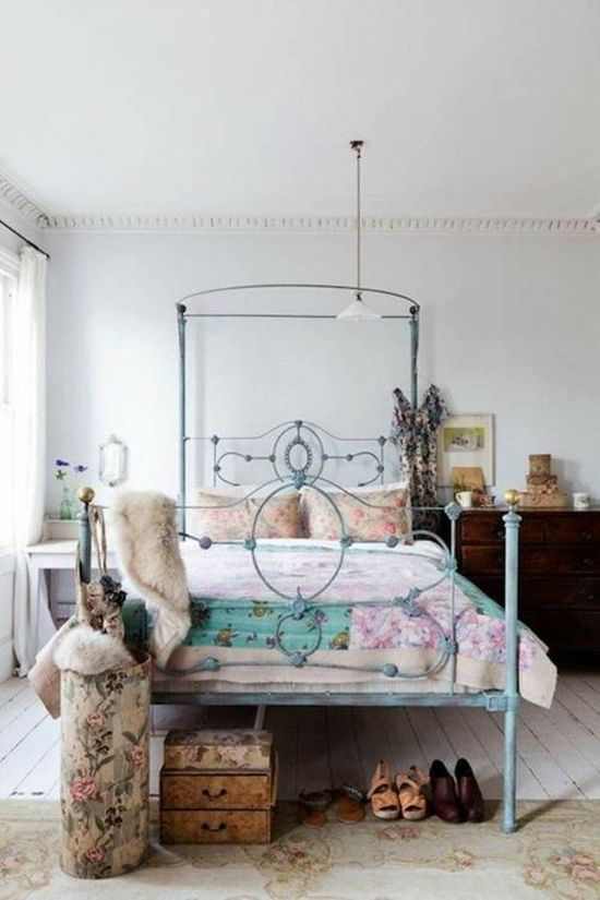 Lovely Chic Bedroom Decorating Idea for women~