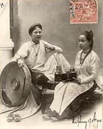 Old Vietnamese traditional dress