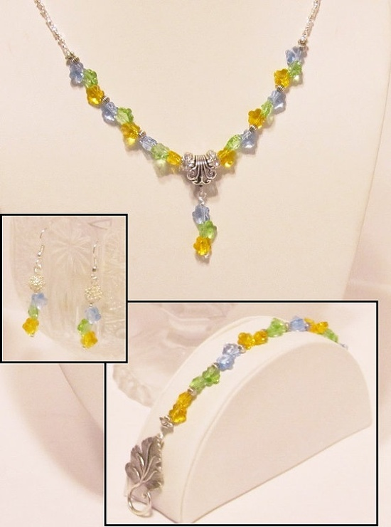 Multicolor Swarovski Crystal Flowers Necklace by RomanticThoughts, $76.95 #crystal #jewelry #wedding #formal #multicolor #rainbow