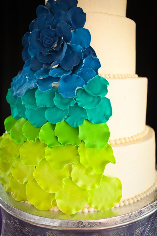 Bright blue and green gradiated wedding cake. Sounds scary, looks awesome!