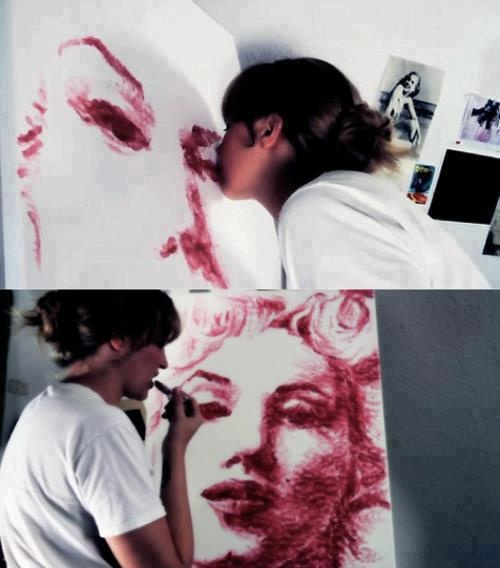 Art made with Kisses