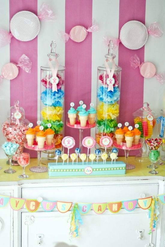 Candyland candy bar with lots of color! #candyland #candy #rainbow