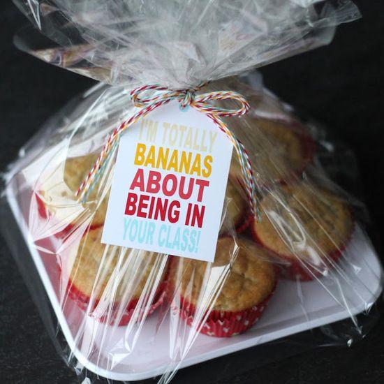 Cute teacher gift idea and free printable!