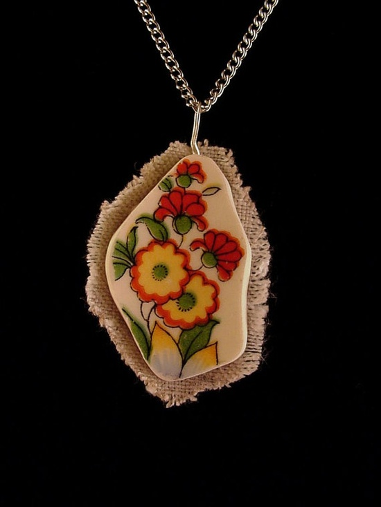 Broken china jewelry shard and linen pendant necklace Art Deco poppy china